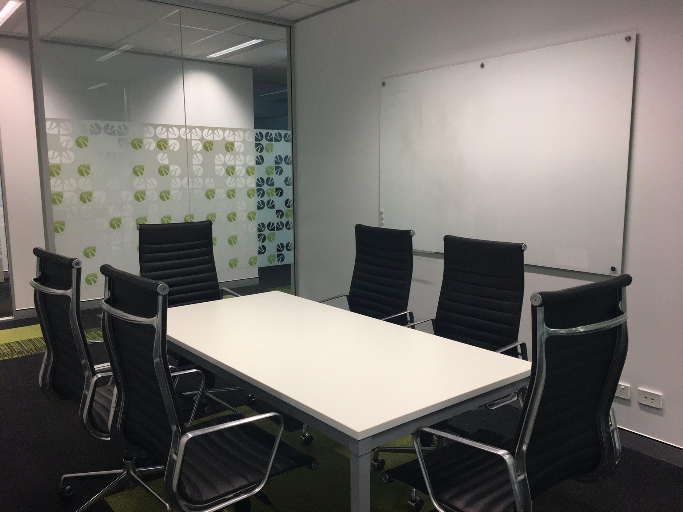 Meeting Room 2, meeting room at BTP Westlink Green, image 1