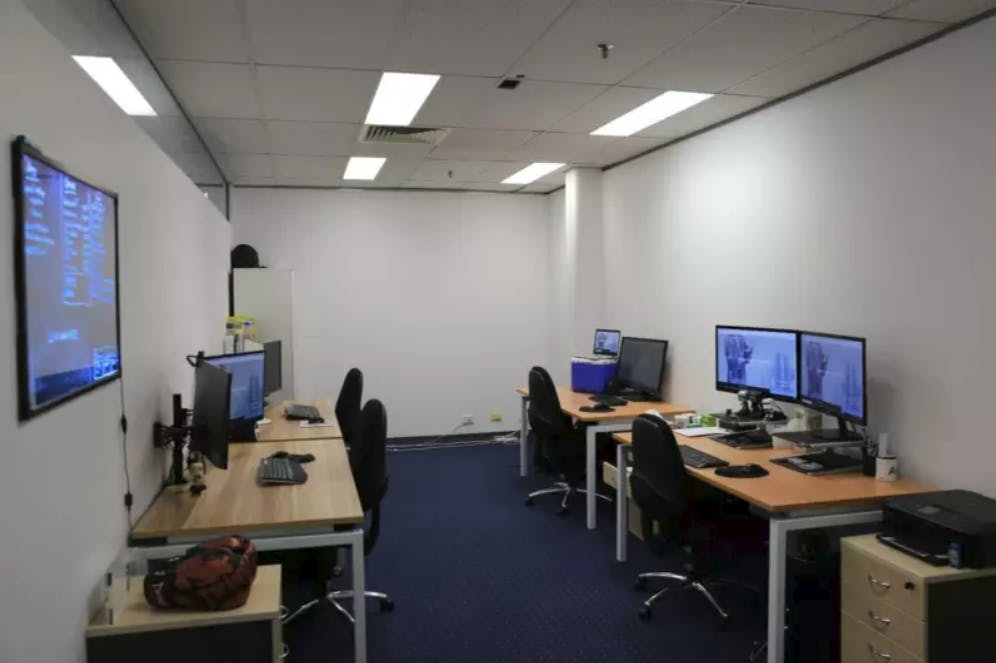 Hot desk at Tall Emu, image 1