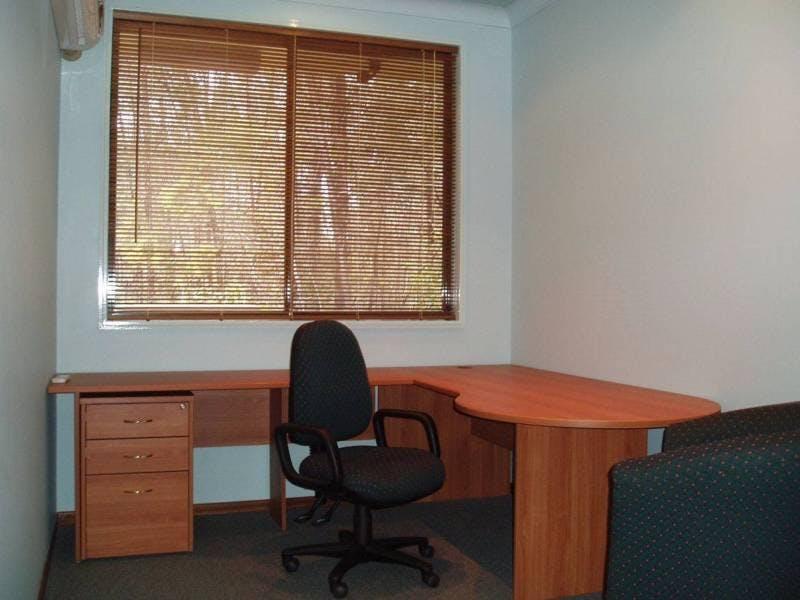 Serviced office at Parkside Medical, image 1