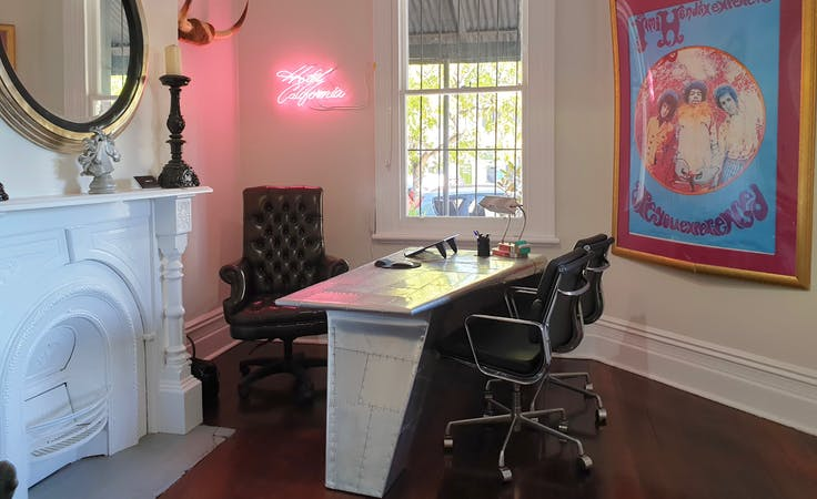 """The Rocknroller"" Office, private office at Summers Street Offices, image 1"