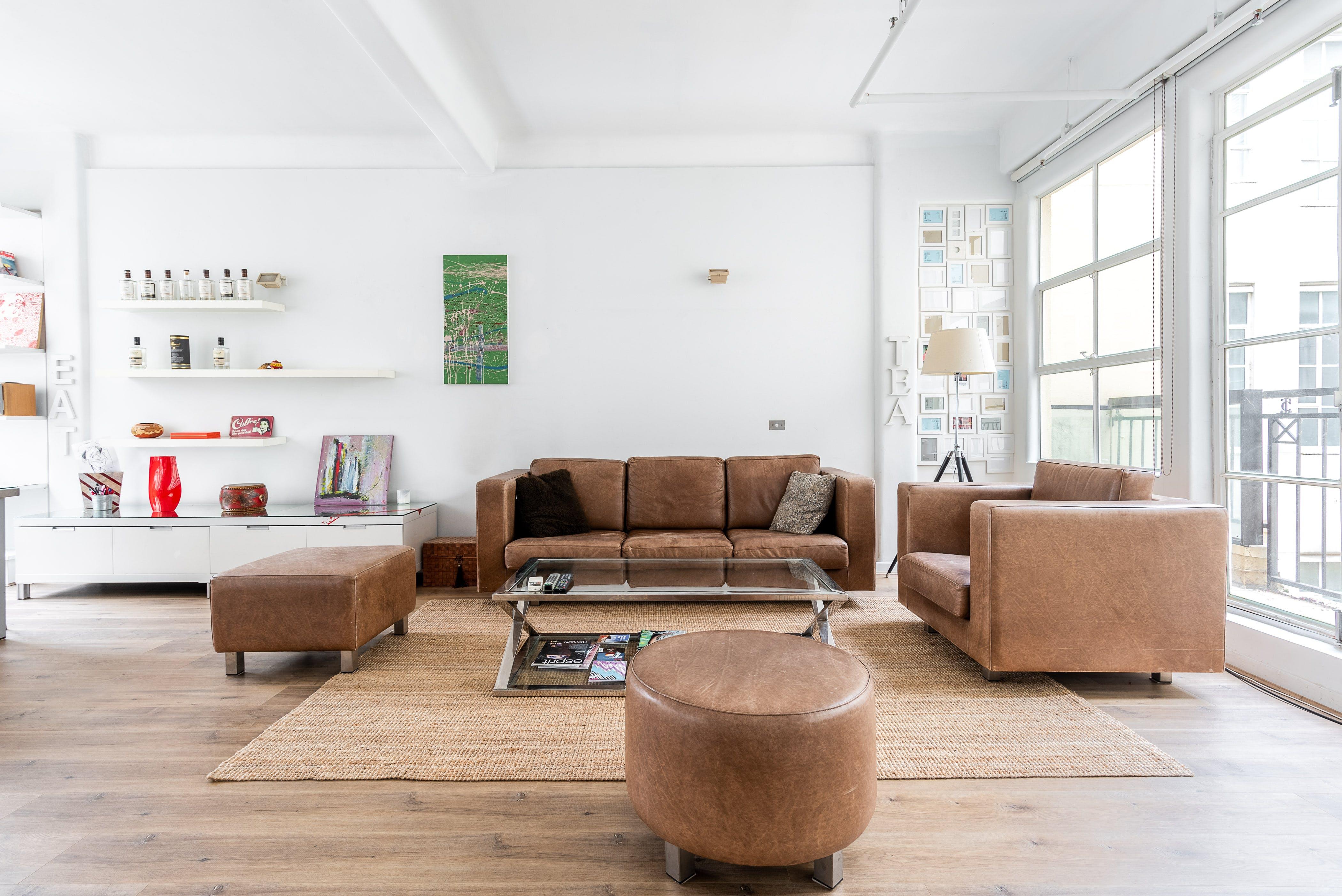 Le Salon, multi-use area at Le Petit Loft, image 1