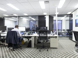Serviced office at Exchange Tower, image 1