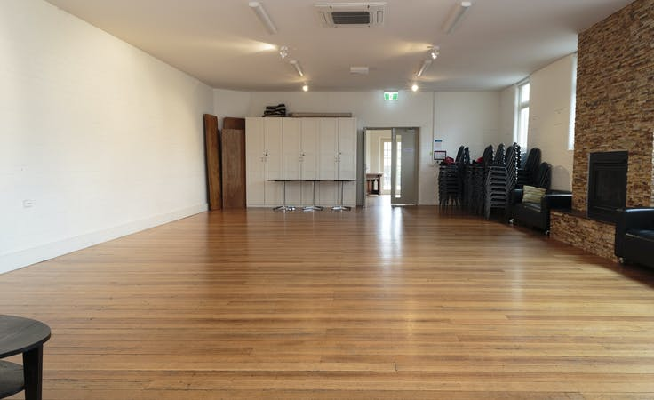 A warm, spacious lounge room in the centre of Fitzroy North, image 3