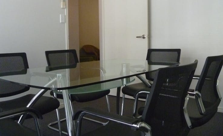 Ececutive Offices, private office at Il Centro, image 1