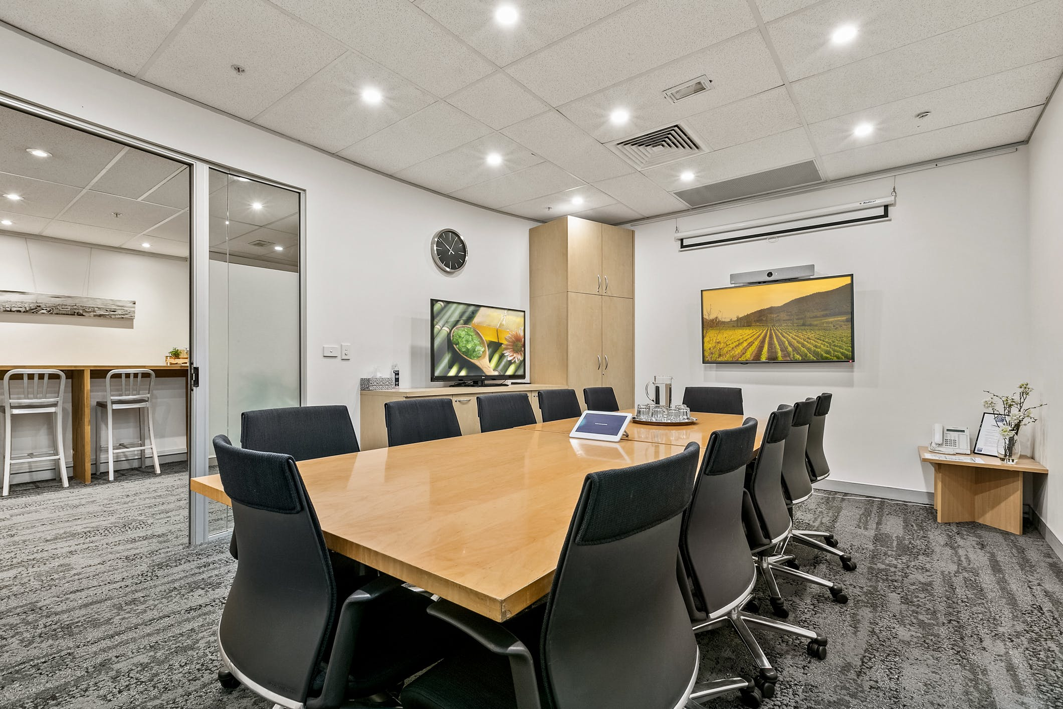 Suite 12.11B, serviced office at workspace365-Bligh, image 1