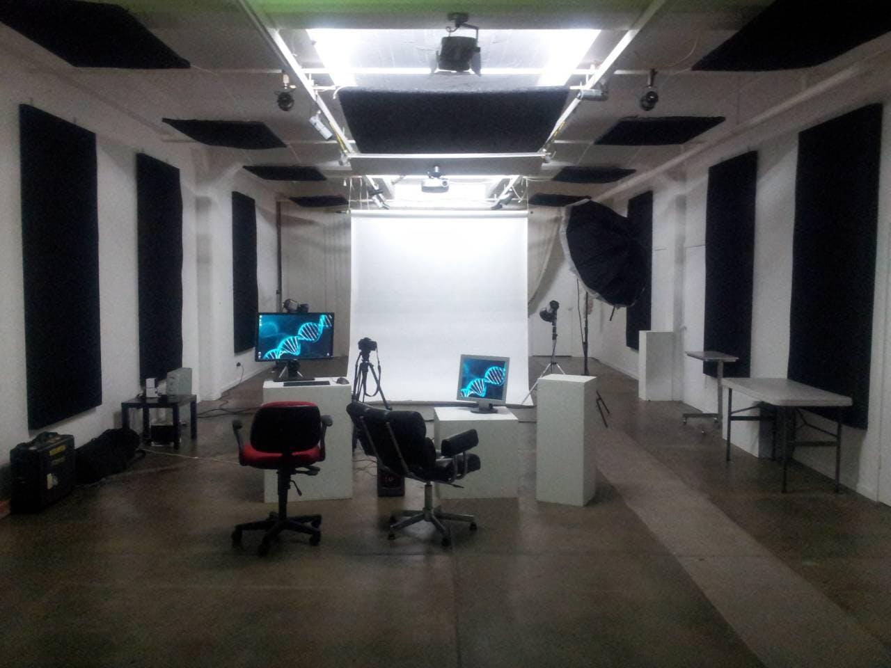 3m x 6m, fully enclosed, creative studio at Silver Apple Studios, image 1