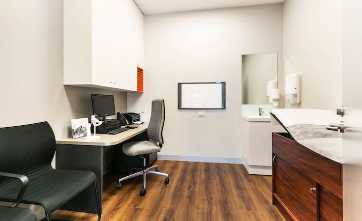 Medical Consulting Suite, private office at THE ITALIAN FORUM, image 1