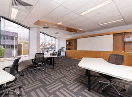 5 Person, private office at Select OwnersCorp Management, image 1