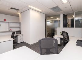 3 Person, shared office at Select OwnersCorp Management, image 1