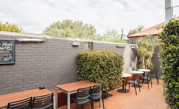 The Courtyard, function room at The Station Hotel, image 1
