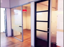 Private office at 121 Flinders Lane, image 1