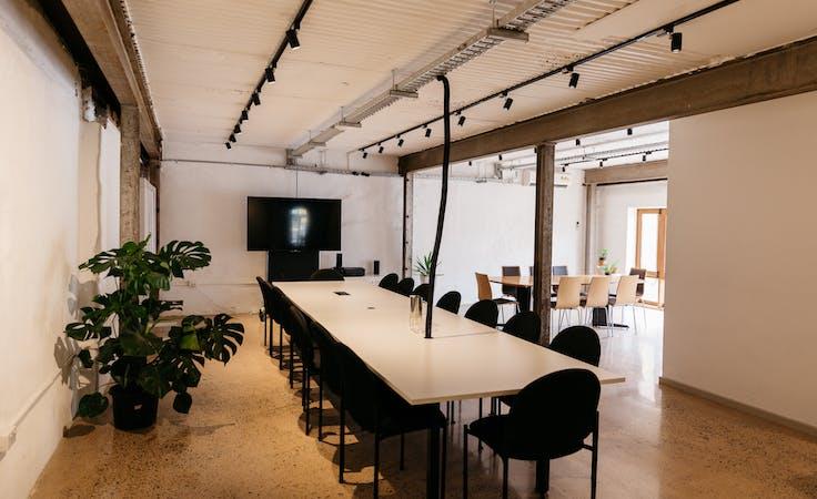 Ground Floor Studio, meeting room at in. Studio + Cafe, image 1