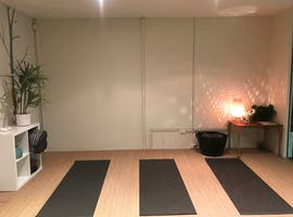 This cosy space is perfect for yoga, pilates and meditation, image 1