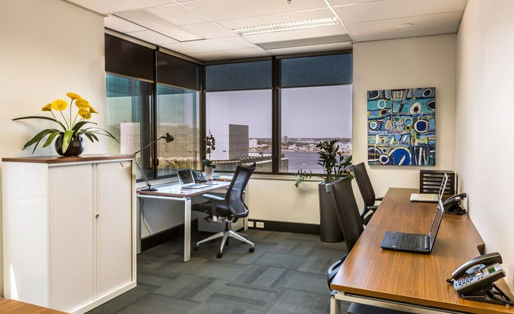 Co-Working Day Pass Plan (up to 10 hours included), coworking at Liberty Executive Offices - Allendale Square, image 1