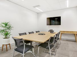 Meeting room at Queen Street, image 1