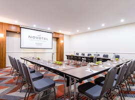 Watson Bay Room, meeting room at Novotel Sydney Central, image 1
