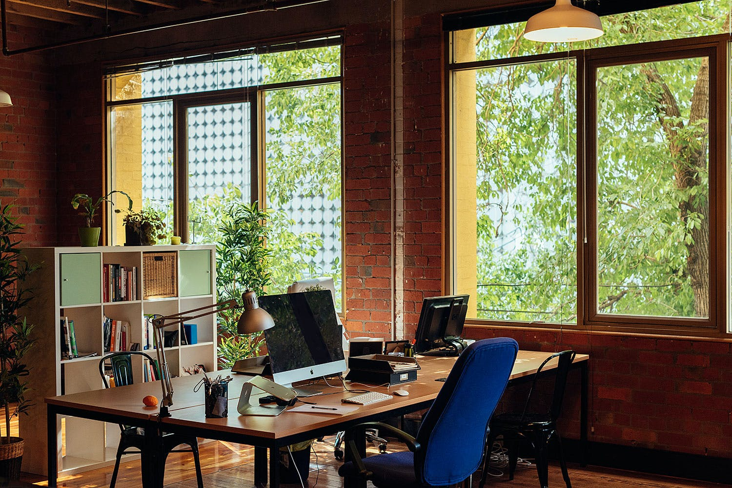 Want to work in a space full of buzz and activity?, image 1