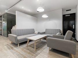 Flexible workspace in Regus Queens Road, hot desk at Queens Road, image 1