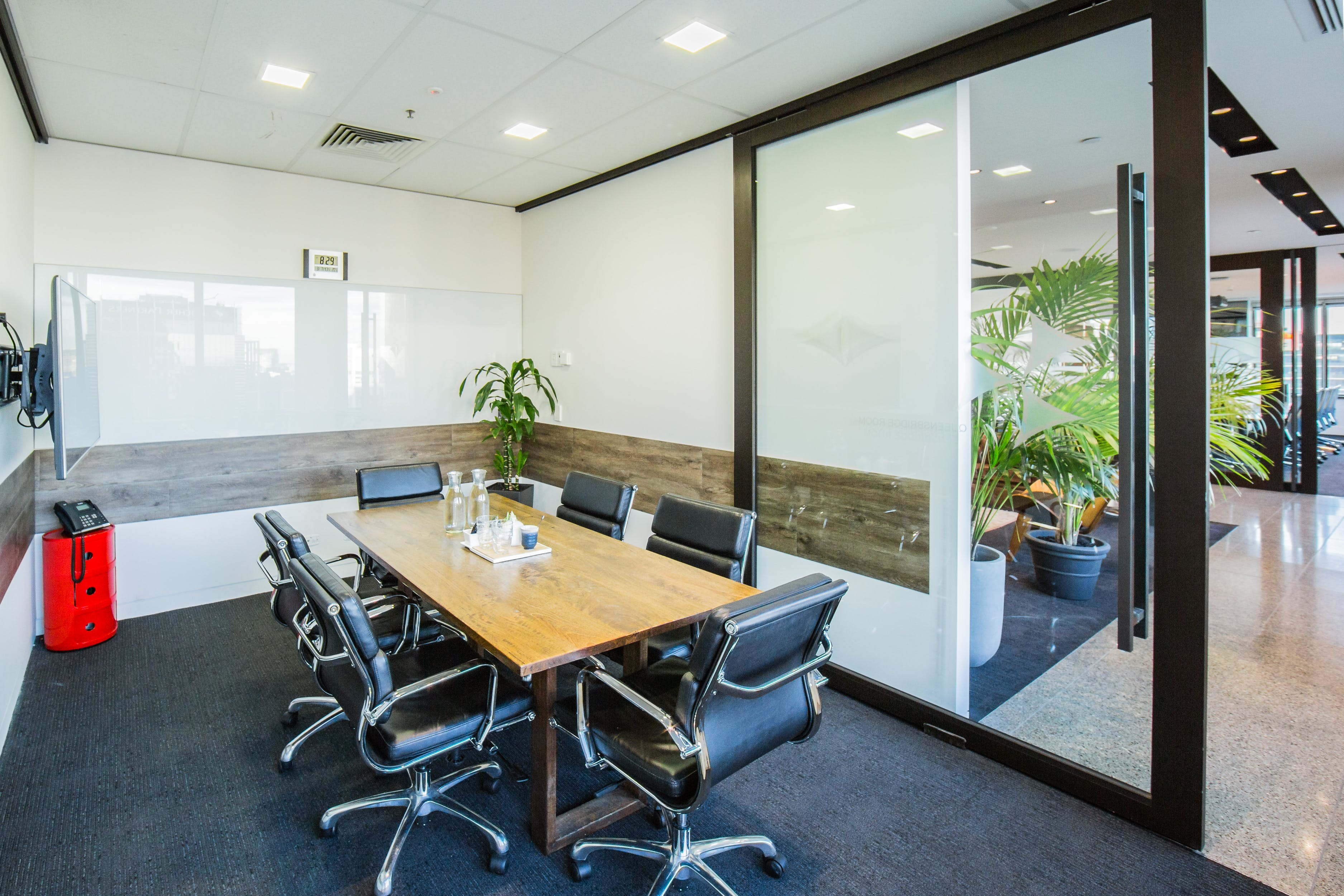 The Queensbridge, meeting room at The Cluster, image 1
