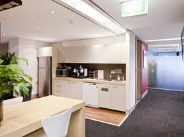 STOP! Rent right now a large office for more than 6 people , serviced office at Australia Square Plaza, image 1