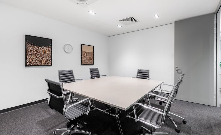 STOP! Rent right now a large office for more than 6 people in Victoria Park, image 1