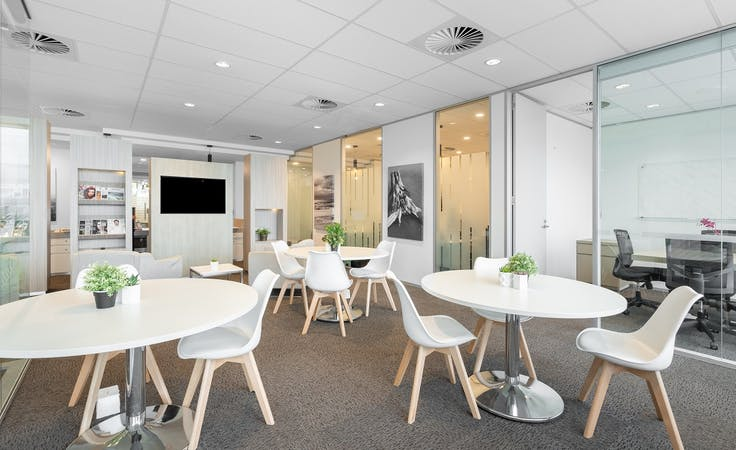 Rent your office space for 5-6 people in Gold Coast , serviced office at Gold Coast, Surfers Paradise, image 3