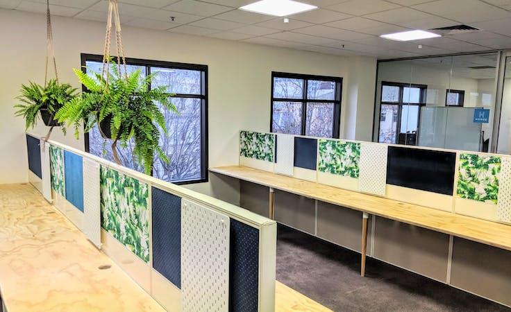 Dedicated Desks, dedicated desk at HQ Co-Work, image 5