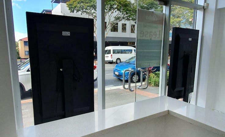 Shopfront at Tsiknaris on Brunswick Building, image 9