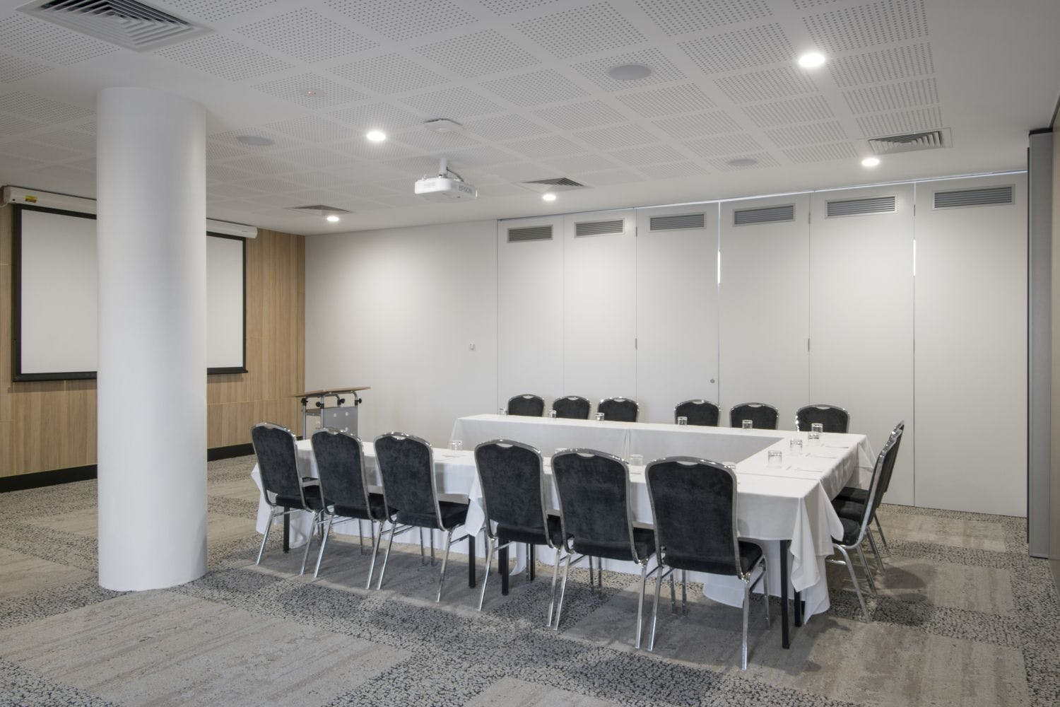 Cygnet Room, multi-use area at Metro Hotel Perth, image 1