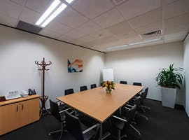 Your Business World Platinum Membership Regus , hot desk at Kingston, image 1