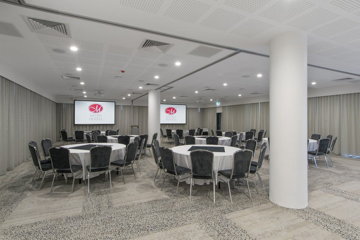 Swan Room, multi-use area at Metro Hotel Perth, image 1