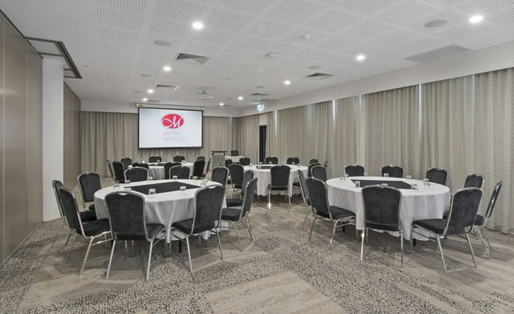 Black Swan Room, multi-use area at Metro Hotel Perth, image 1