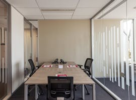 STOP! Rent right now a large office for more than 6 people, serviced office at Docklands, image 1