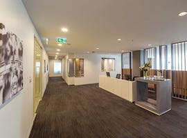 Your Business World Platinium Membership Regus , hot desk at Level 10, 555 Lonsdale Street, image 1