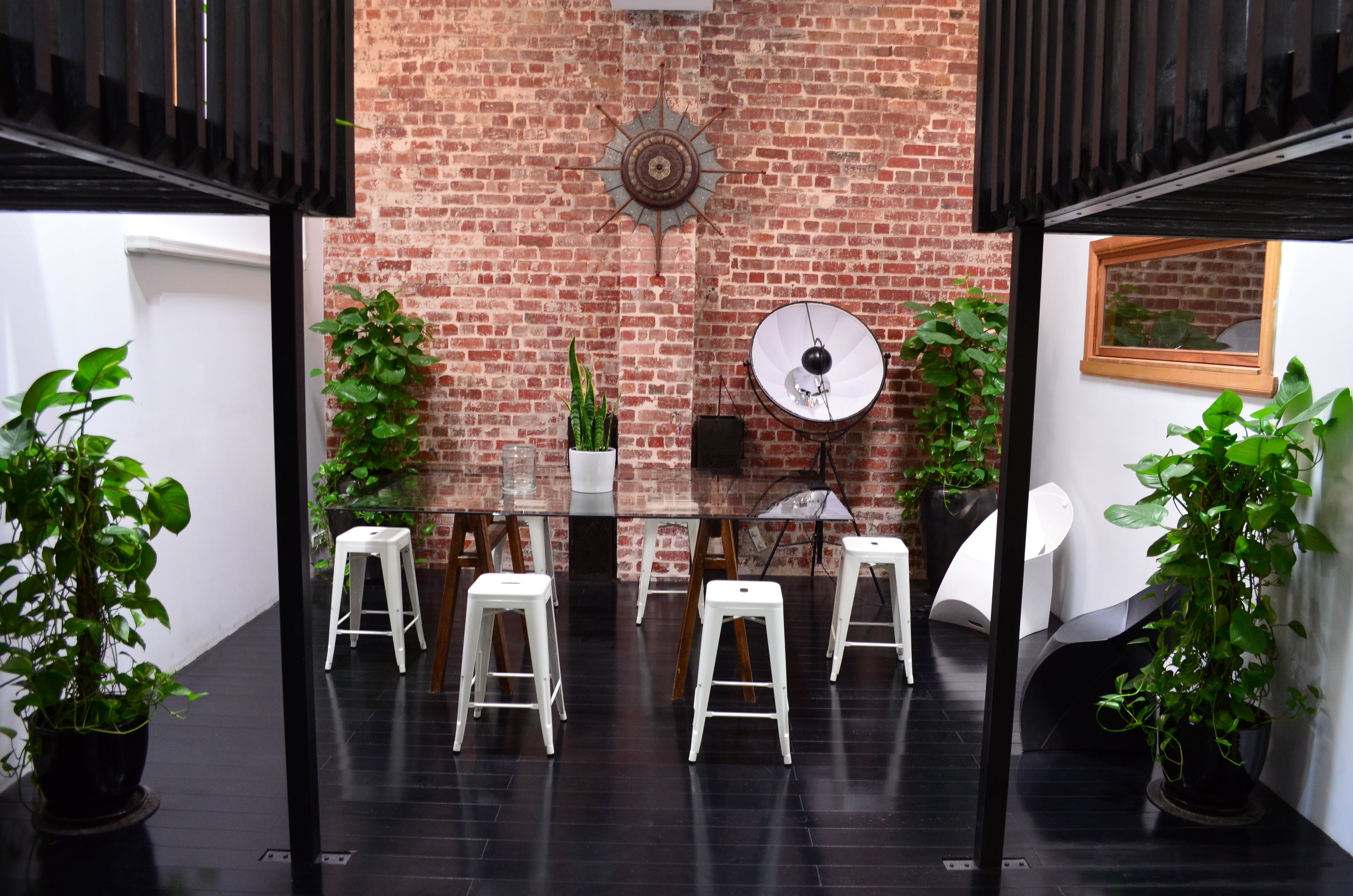 LF3, private office at Warehouse 52, image 3