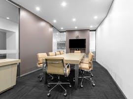 Move into ready-to-use open plan office space for 10 persons in Regus Charles Darwin Centre , serviced office at Charles Darwin Centre, image 1