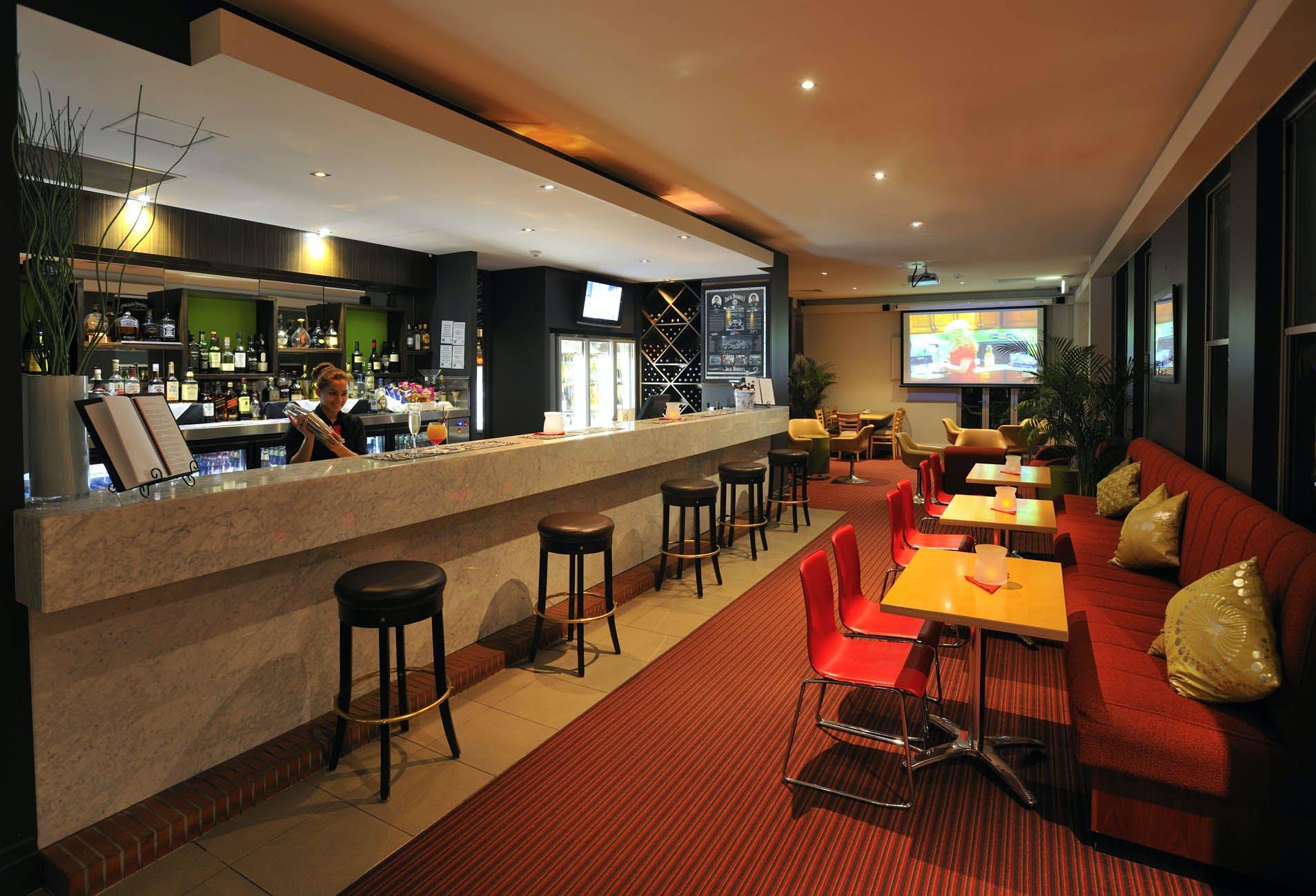 Limestone Room, meeting room at Metro Hotel Ipswich International, image 4