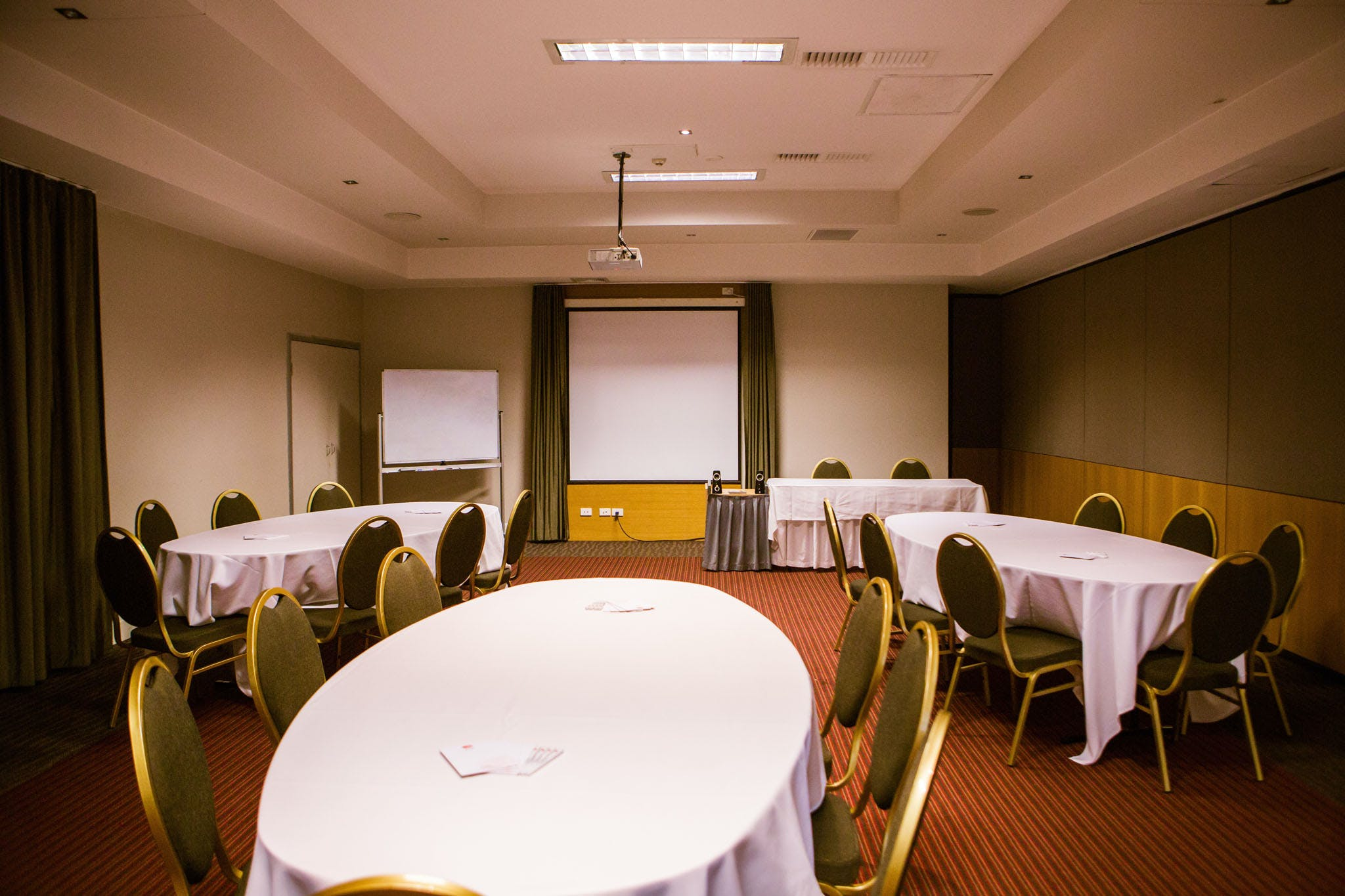 Limestone Room, meeting room at Metro Hotel Ipswich International, image 1