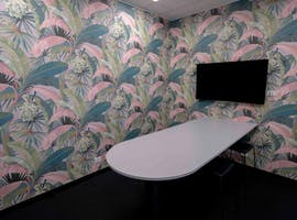 Consult 6, meeting room at Waterman Chadstone, image 1