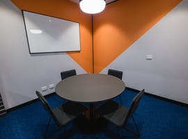 Consult 3 - Ground Floor, meeting room at Waterman Caribbean Park, image 1
