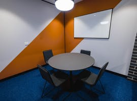 Consult 4 - Ground Floor, meeting room at Waterman Caribbean Park, image 1