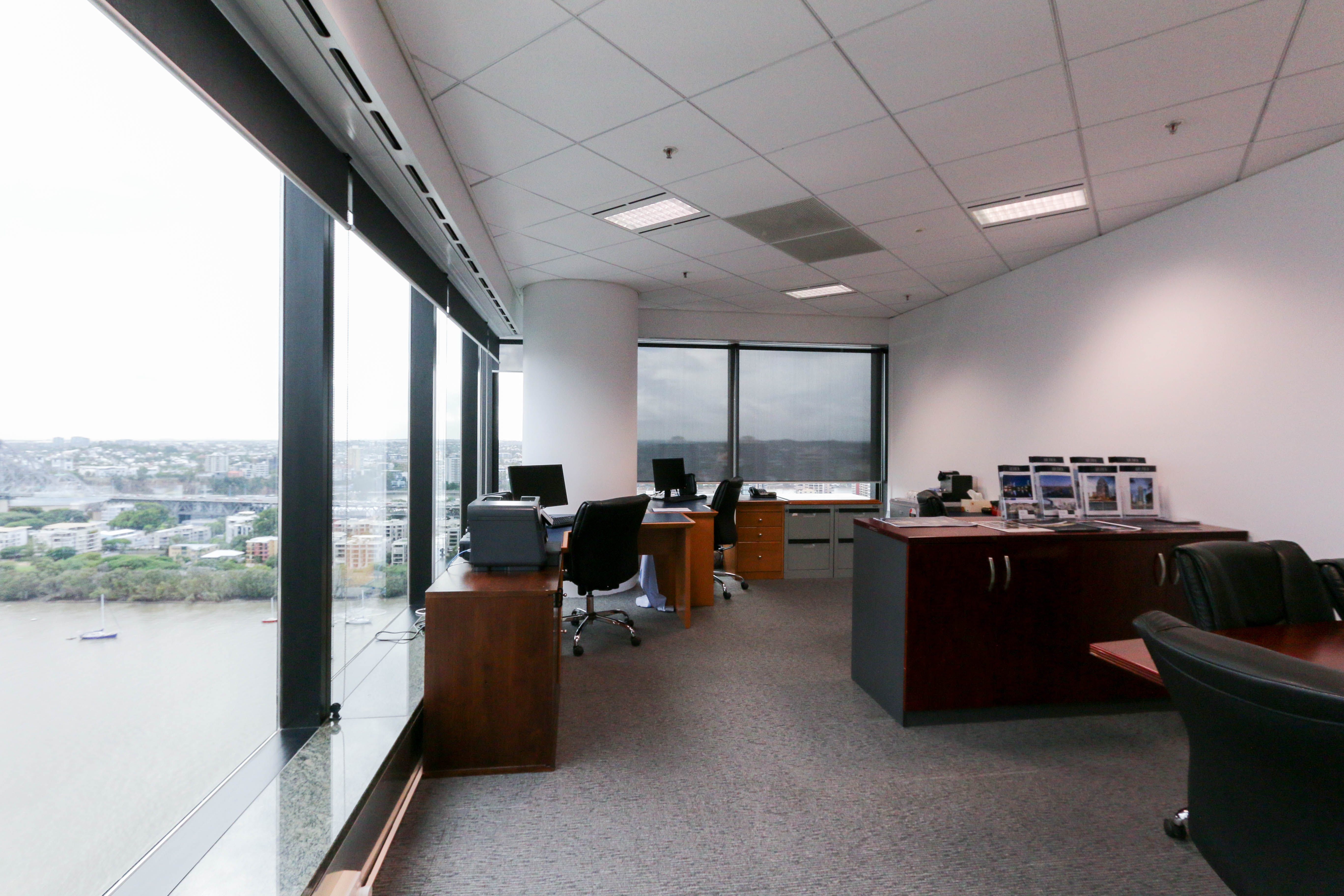 Private office at Waterfront Place, image 1