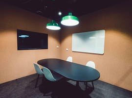 Consult 2 - Level 2, meeting room at Waterman Caribbean Park, image 1