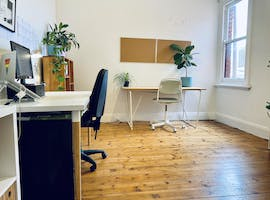 Shared office at SHARED LIGHT FILLED NORTCOTE STUDIO SPACE, image 1