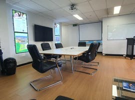 GPS Board Room Well Equiped, image 1