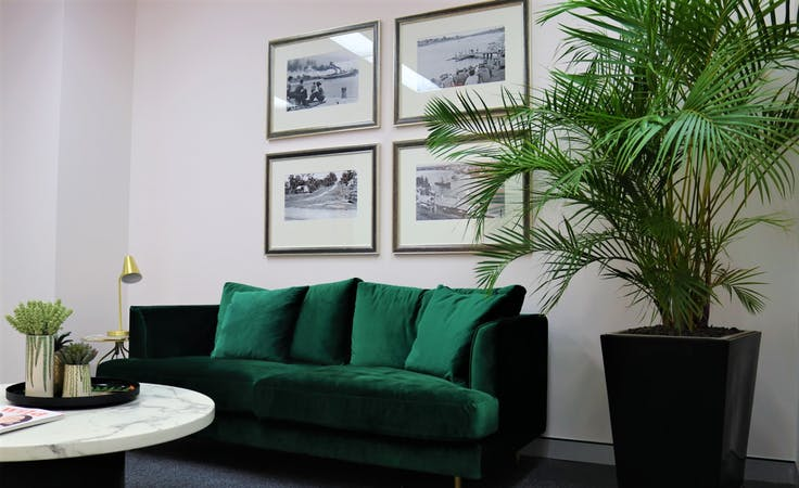 Coworking/Hot Desk, coworking at Studio 42 Workspaces, image 1