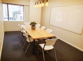 Room 4, meeting room at Pre-Uni New College, image 1
