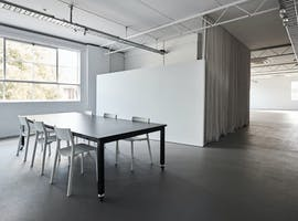 SOUTHSIDE STUDIOS, shared office at SOUTHSIDE STUDIOS - BRIGHT OFFICE SPACE, image 1