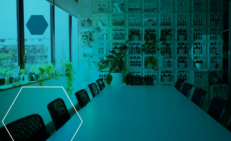 Island Desks, coworking at Industrium, image 1