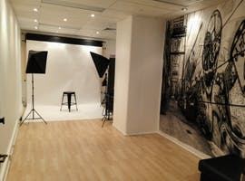 PHOTOGRAPHY STUDIO, creative studio at Photography Studio - Norton St Leichhardht, image 1